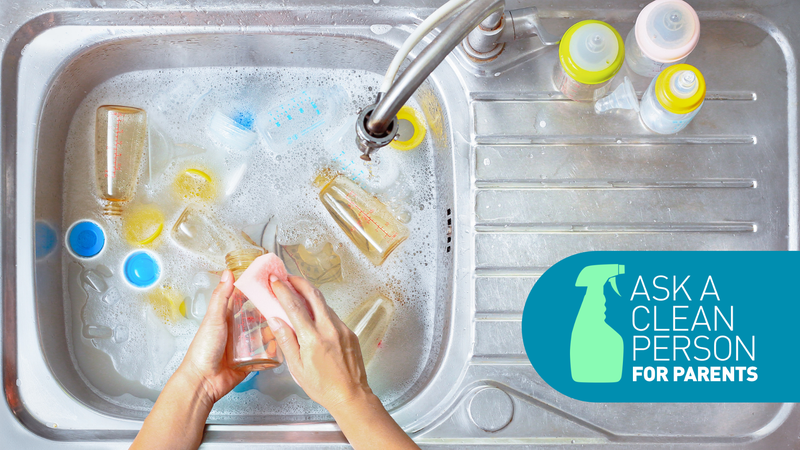 Illustration for article titled The Easiest Way to Clean Baby Bottles, According to Our Cleaning Expert