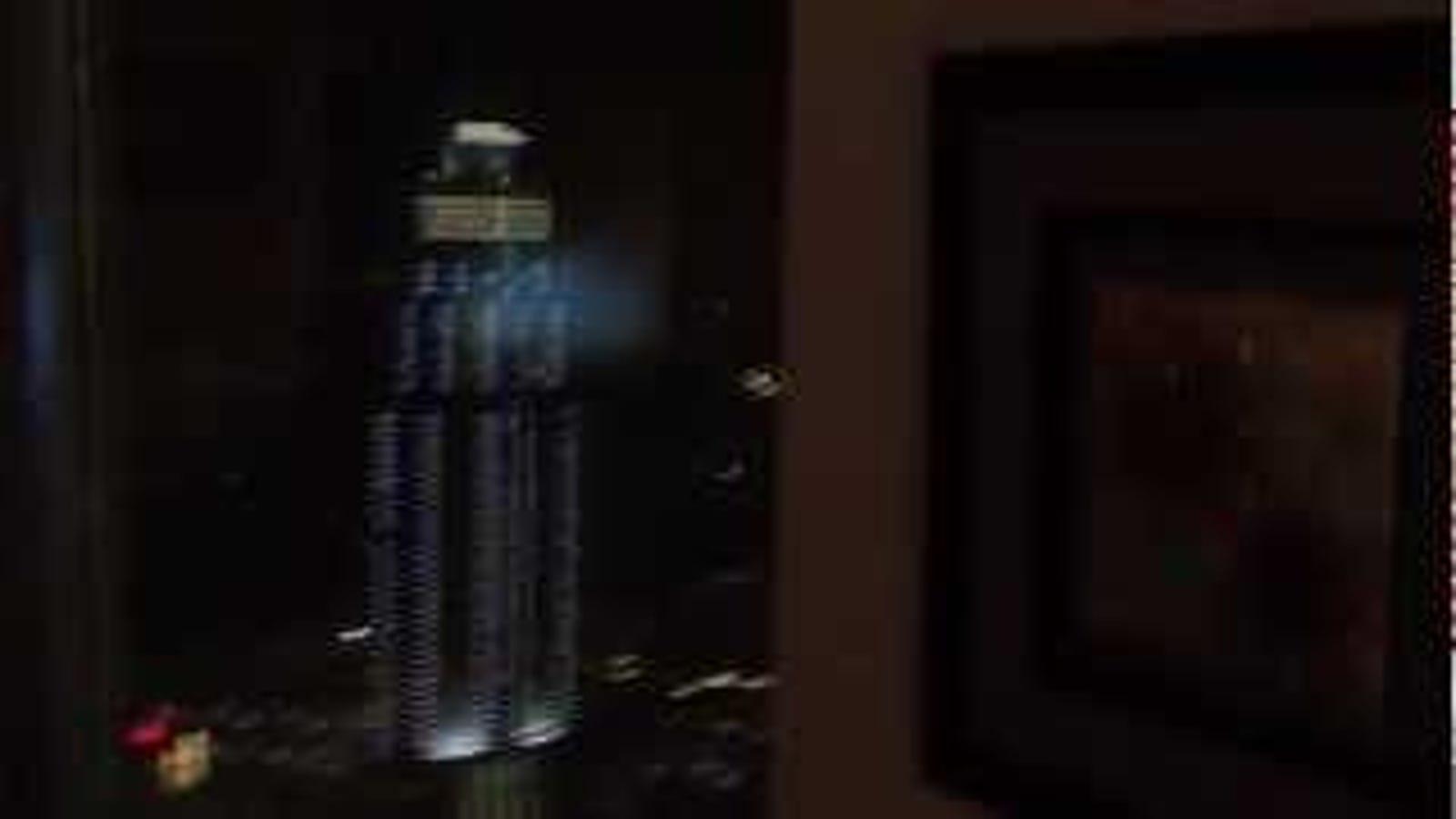 Escuchar crujir el edificio más alto del mundo es terrorífico