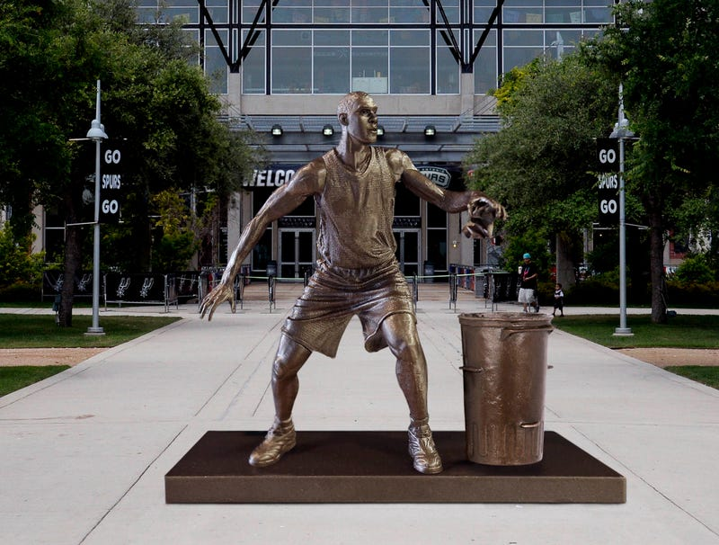 Illustration for article titled Spurs Unveil Statue Of Tim Duncan Recycling