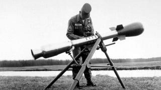 Illustration for article titled Majdnem megvolt a világnak a vállról indítható atombomba