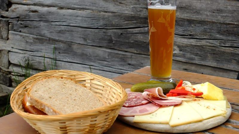 """Illustration for article titled TIL Germans have a delightful snack called """"bread time"""""""
