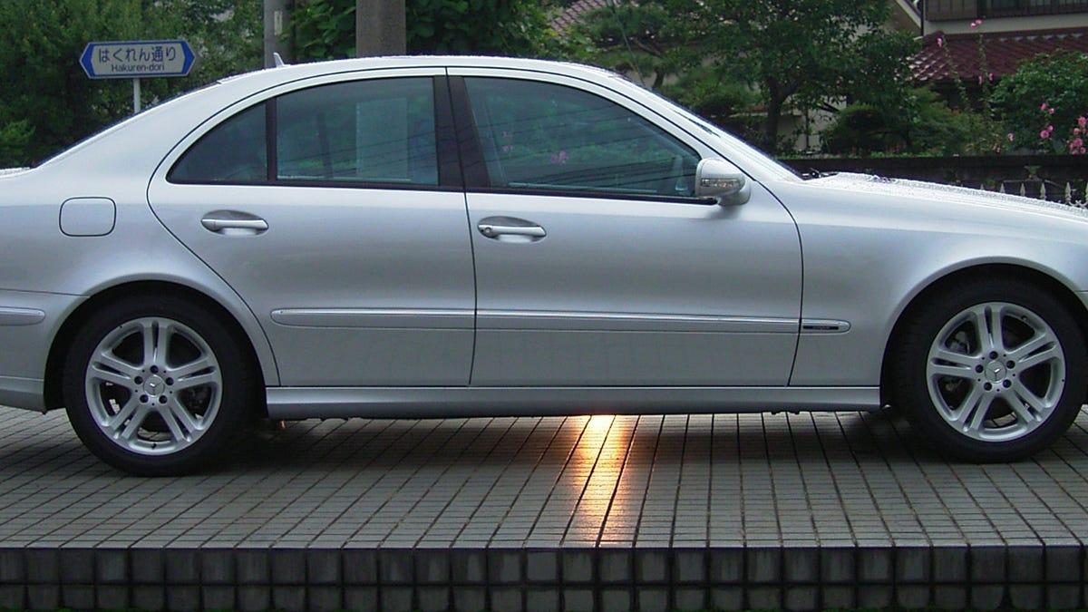 All Types 2003 benz e320 : 2003 Mercedes E320 Avantgarde aut. - Oppositelock Review