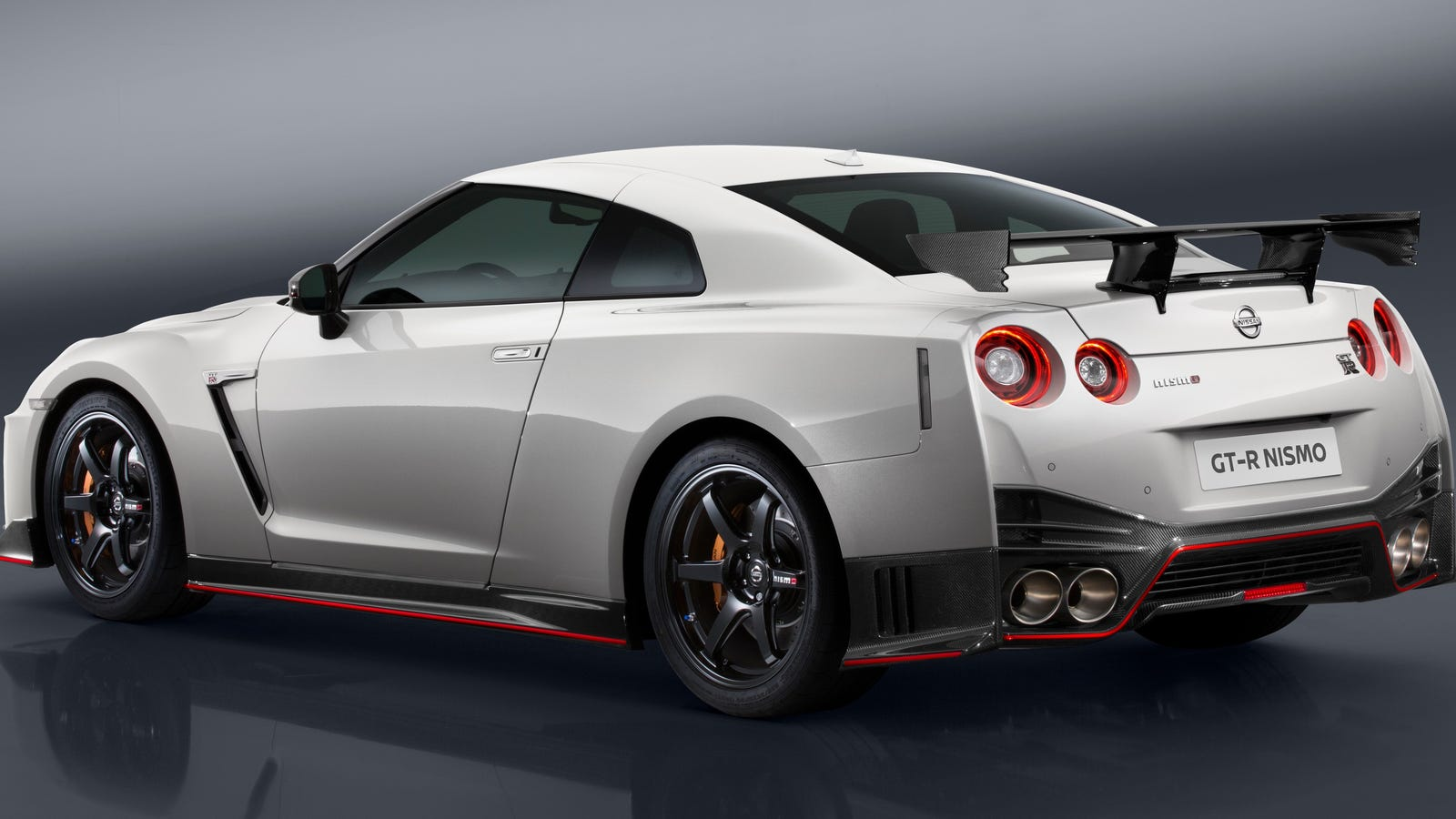 The 2017 Nissan GTR Nismo Is Now 100000 More Expensive Than The
