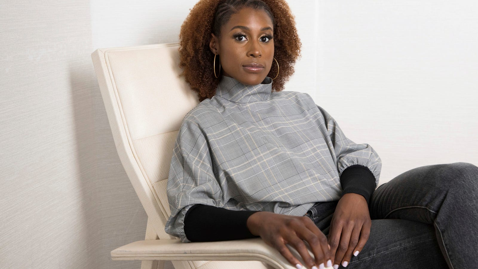 Issa Rae Lands a Major Beauty Campaign as the New Face of CoverGirl