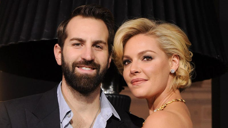 Illustration for article titled Katherine Heigl and Josh Kelley Get a Surprise Visit From the Celebrity Baby Stork