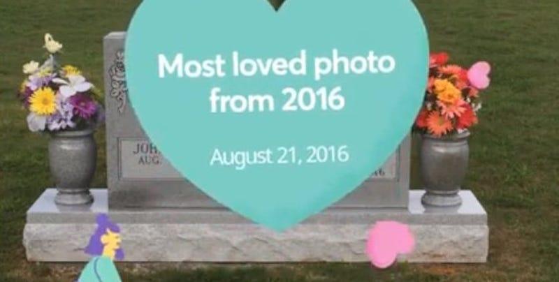 """Illustration for article titled Facebook le recuerda a un usuario sus """"mejores momentos"""" con dibujos bailando sobre la tumba de su madre"""