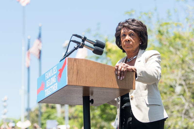 Illustration for article titled Auntie Maxine Ain't Scared of No Damn Pipe Bomb