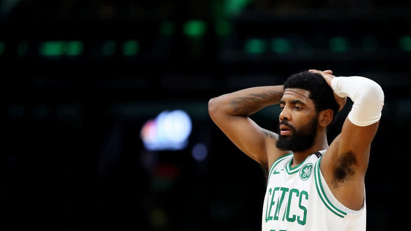 new concept 7b725 bbe6e Report: Kyrie Irving Wouldn't Sign The Balls