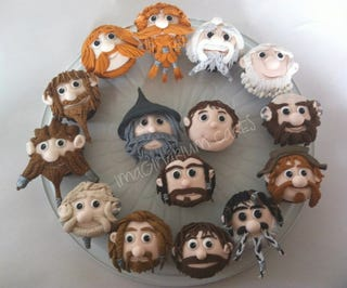 Illustration for article titled These Hobbit cupcakes have movie-accurate Dwarf beards