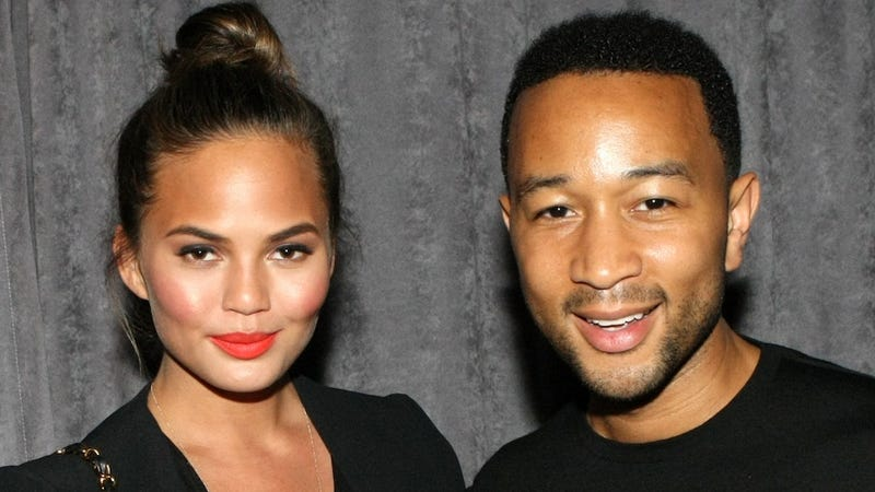 Illustration for article titled John Legend and Chrissy Teigen Sent Food Trucks to Feed NYC Protesters