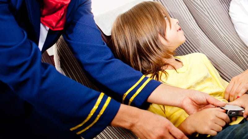 Illustration for article titled Should Airlines Be Allowed to Forbid Men From Sitting Next to Unaccompanied Minors?