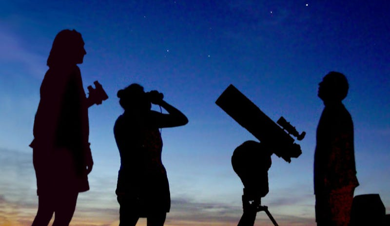 Illustration for article titled How to Watch This Week's Rare Conjunction of Venus, Mars and Jupiter
