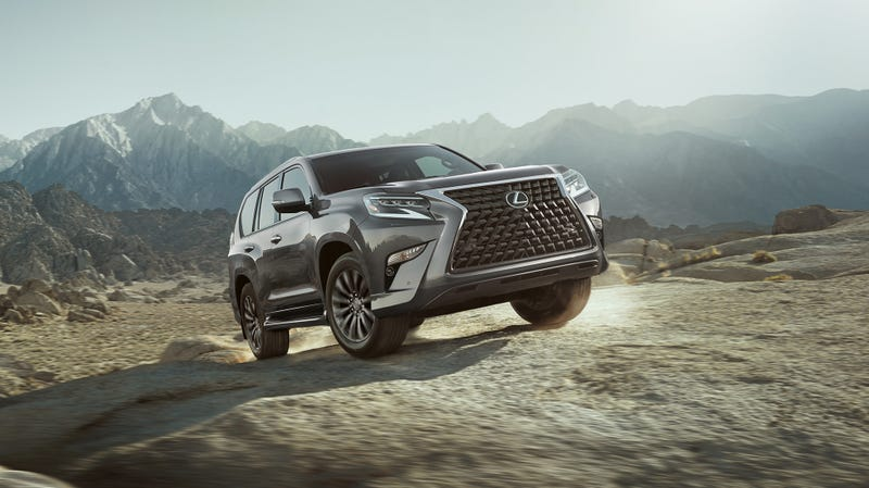 Illustration for article titled The 2020 Lexus GX 460's Spindle Grille Is More Gaping Now Than Ever