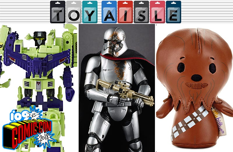 Illustration for article titled Star Wars, Transformers, Robot Horses, and Comic-Con's Other Wildest Toys (So Far)