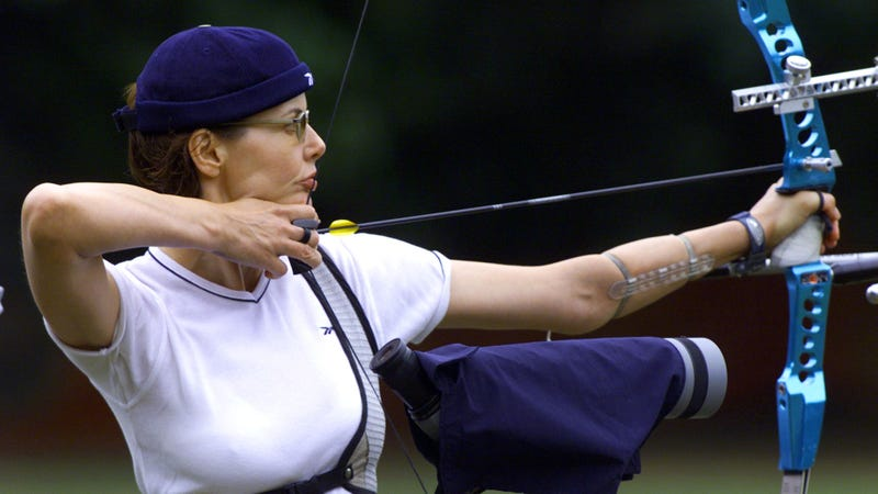 This wasn't for a movie or anything. Geena Davis just really digs archery.