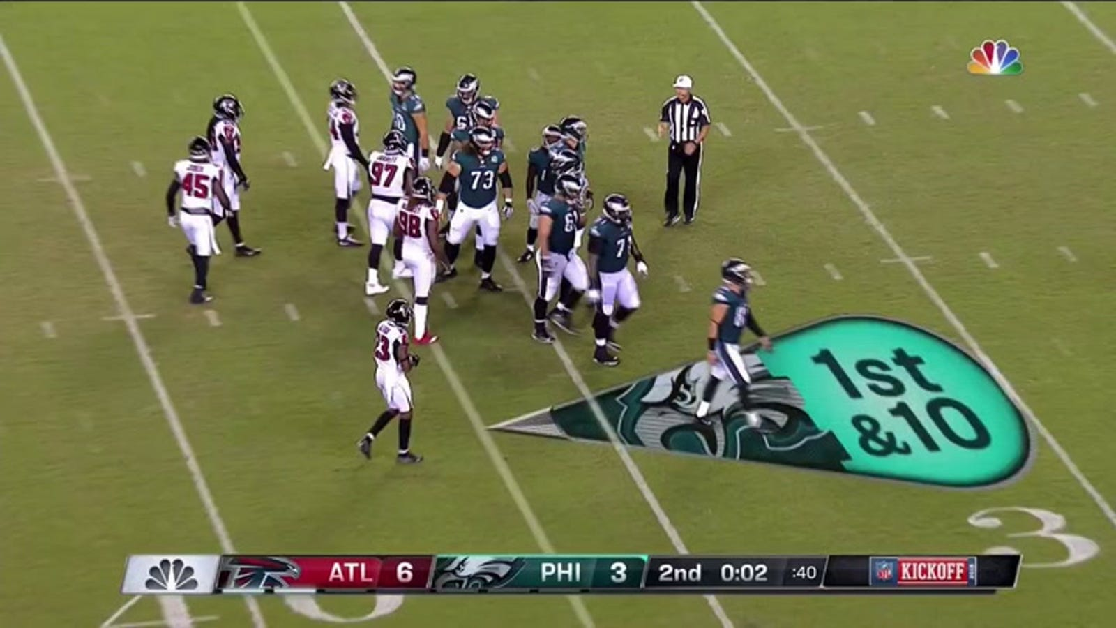 90658a864 Eagles Fans Boo Defending Super Bowl Champs Off Field At Halftime