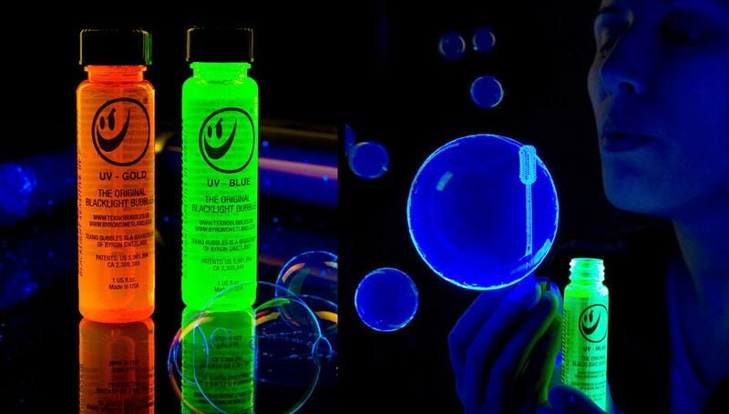 Illustration for article titled Glowing Bubbles Turn Any Occasion Into a Kid-Safe Rave