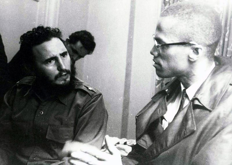 Fidel Castro and Malcolm X meet at Harlem's Hotel Theresa (1960).Universal History Archive/UIG via Getty images