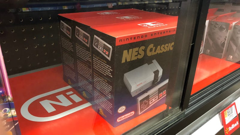 Illustration for article titled I Finally Found the NES Classic on Store Shelves