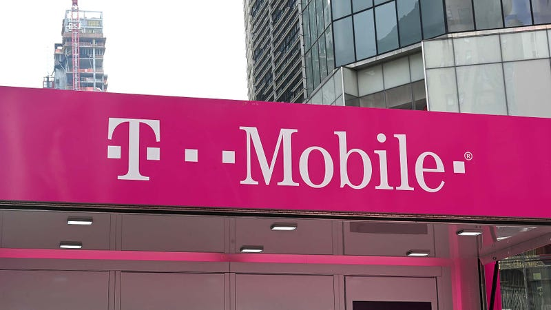 Illustration for article titled T-Mobile and Sprint May Have to Create Fourth Competitor to Win Merger Approval