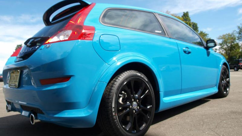 Illustration for article titled Volvo C30 Polestar Limited Edition Gallery