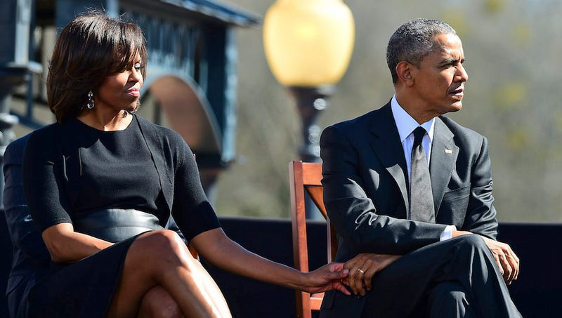 Illustration for article titled Like Every 25-Year-Old in America, Obamas Are Thinking of Moving to NYC