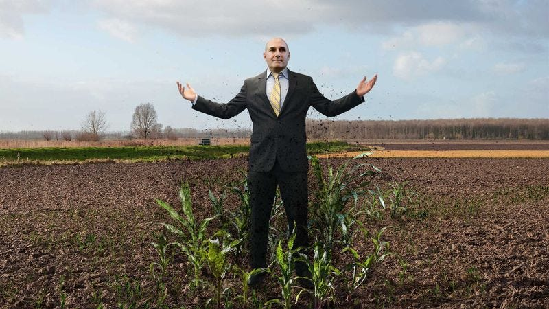 Illustration for article titled Crops Begin Emerging From Farmlands Across Nation As Monsanto CEO Slowly Raises Arms