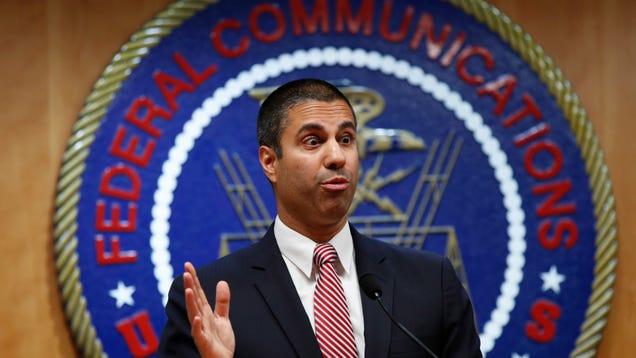 Democratic Senators Urge FCC to Delay T-Mobile-Sprint Merger Vote, Seek Public Comment