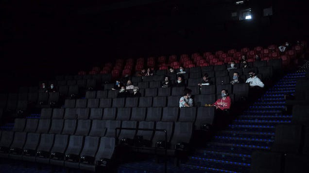 AMC Changes Its Mind and Says It Will Require Moviegoers to Wear Face Masks