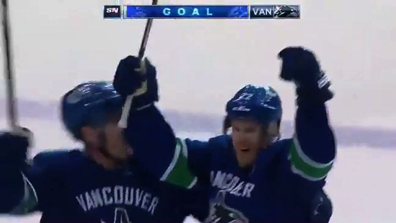 Illustration for article titled Daniel Sedin Scores Overtime Winner Assisted By Henrik In Their Last Vancouver Game