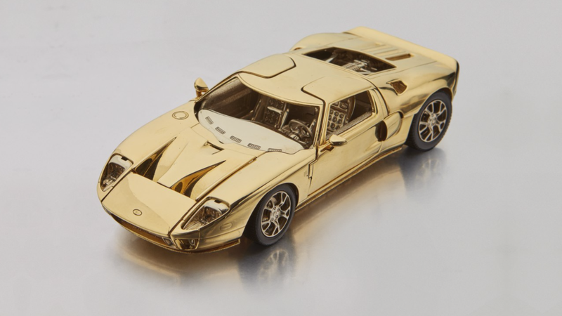 Illustration for article titled This Tiny 18-Karat Gold Ford GT Model Car Will Only Cost You About $40,000