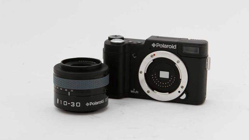 Illustration for article titled Polaroid iM1836: This Interchangeable-Lens Android Camera Seems Too Good to Be True