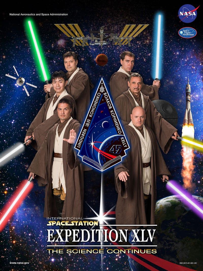 Illustration for article titled Jedi lovagként pózolnak az igazi űrhajósok