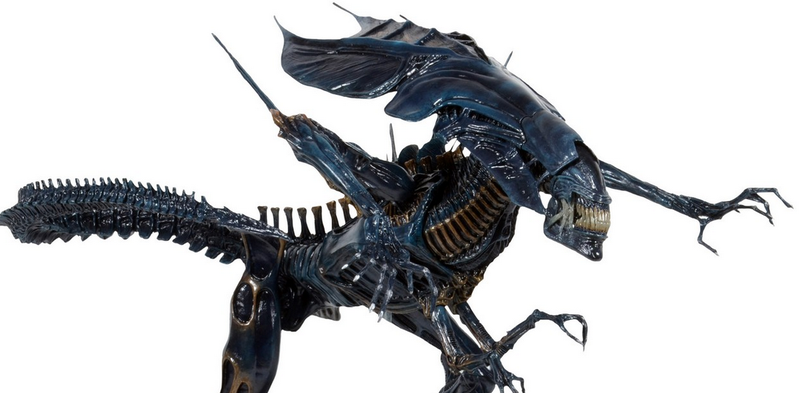 Illustration for article titled Deluxe Super-Articulated Alien Queen Action Figure