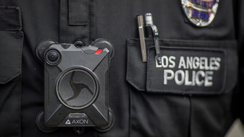 California Temporarily Bans Face Recognition Tech on Police Body Cams