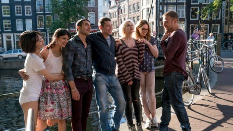 """Sense8 Finale Review: """"Amor Vincit Omnia"""" Was Moving and Messy"""