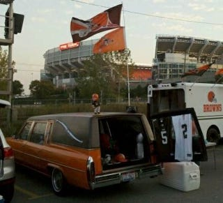 Illustration for article titled For The Cleveland Browns Fan Who Has Nothing Left: A Hearse