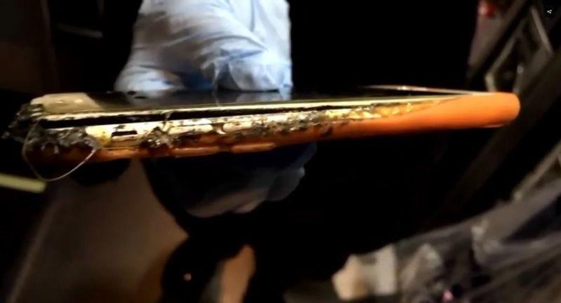 Foto: iPhone incendiado, vía Komo News.