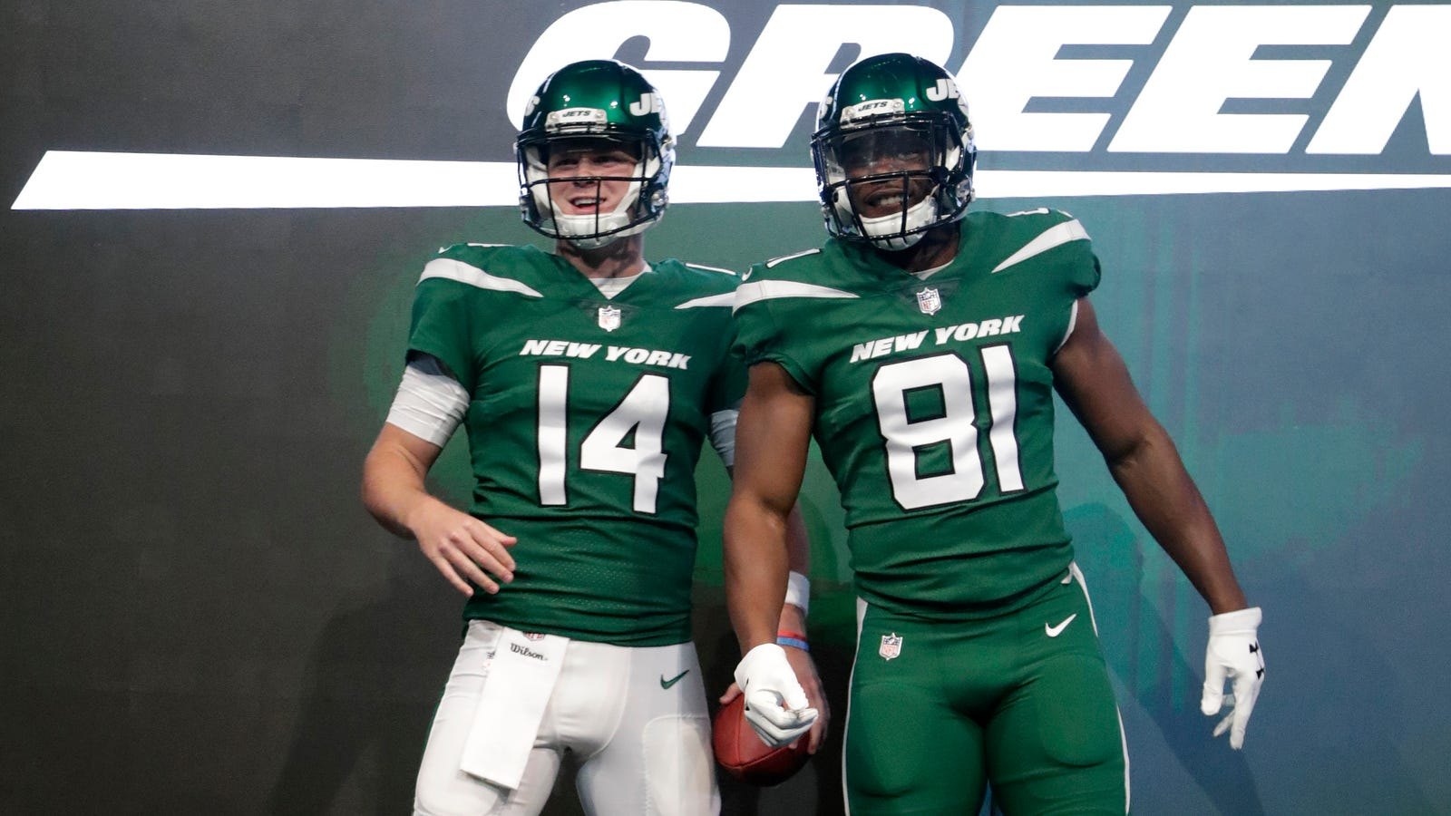 the best attitude ea1e6 b674d These New Jets Uniforms S-U-C-K Suck Suck Suck