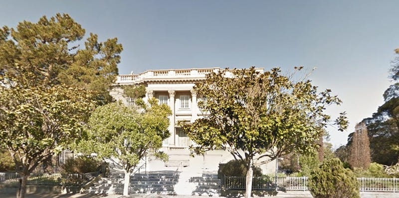 Illustration for article titled Alleged Mansion Squatter Plunders $300,000 in Fine Art [Updated]
