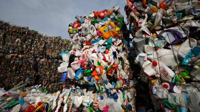 This Electronic Group Made an Album Entirely With Plastic and It s Not Total Garbage