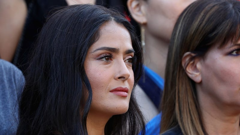 Illustration for article titled Salma Hayek Says Weinstein Went After Women of Color Because 'We Are the Easiest' to Discredit