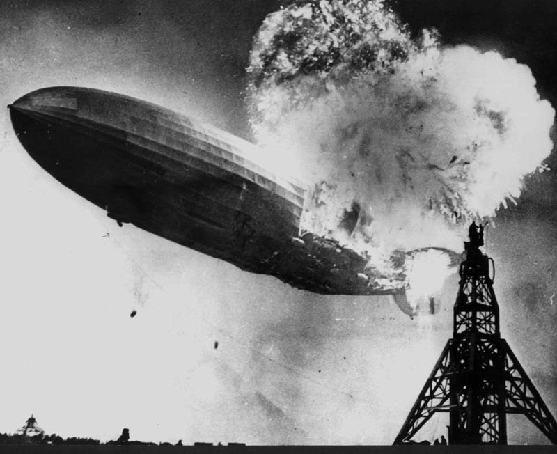 Illustration for article titled One survivor of the Hindenburg disaster was an acrobat who jumped out