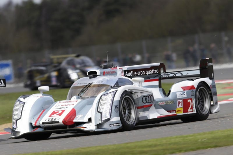 Audi R18 for your time