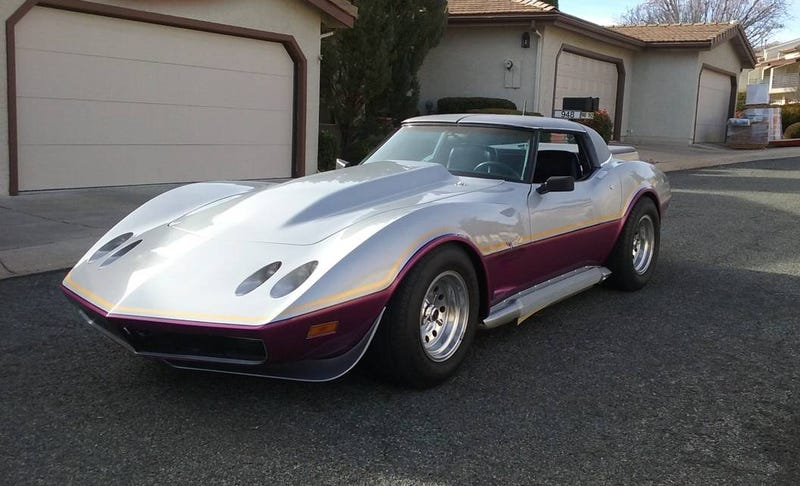 Illustration for article titled At $13,500, Would You 'Pickup' This Custom 1979 Chevy Corvette?