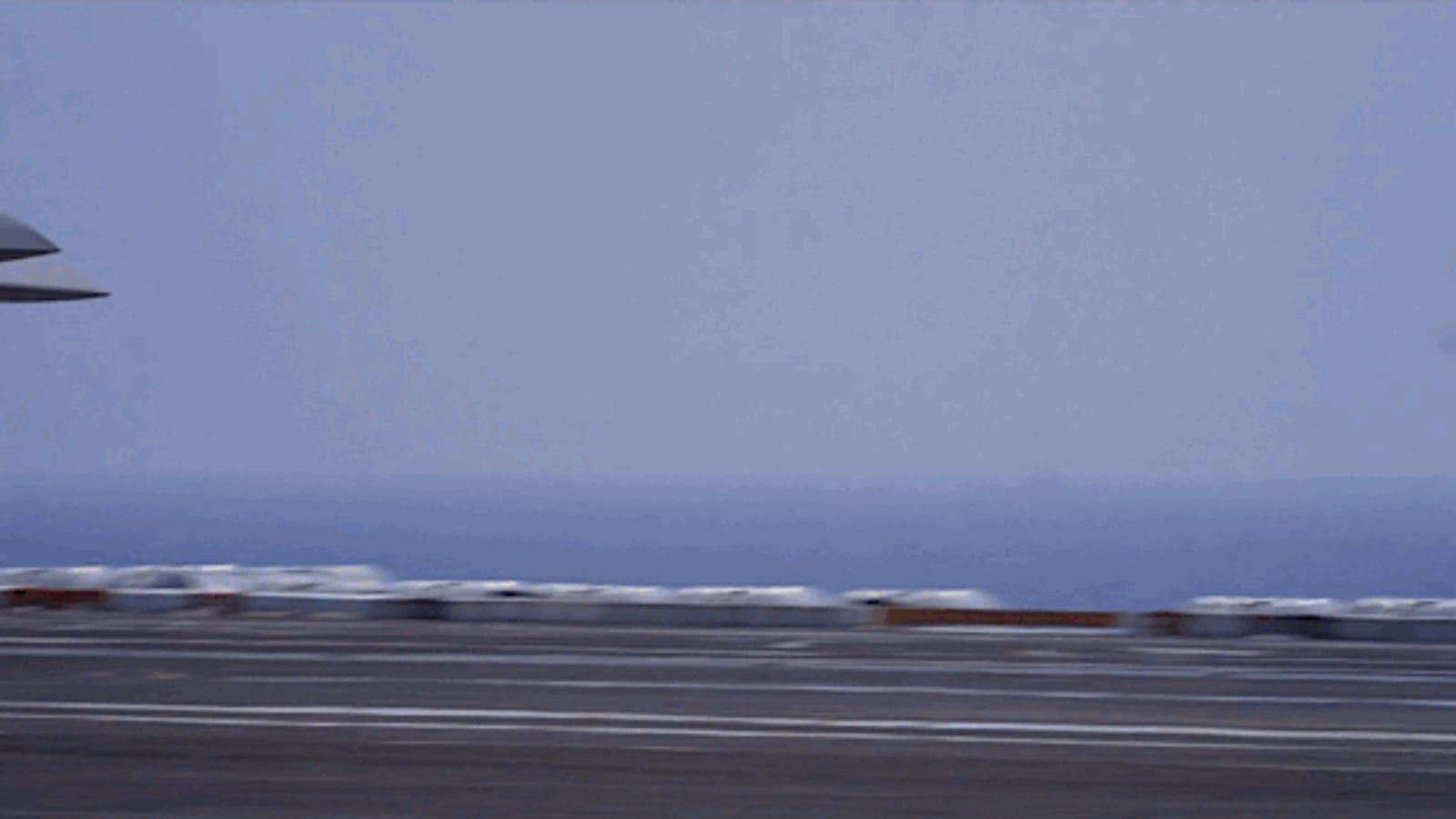 Las espectaculares maniobras del dron X-47B, a cámara superlenta