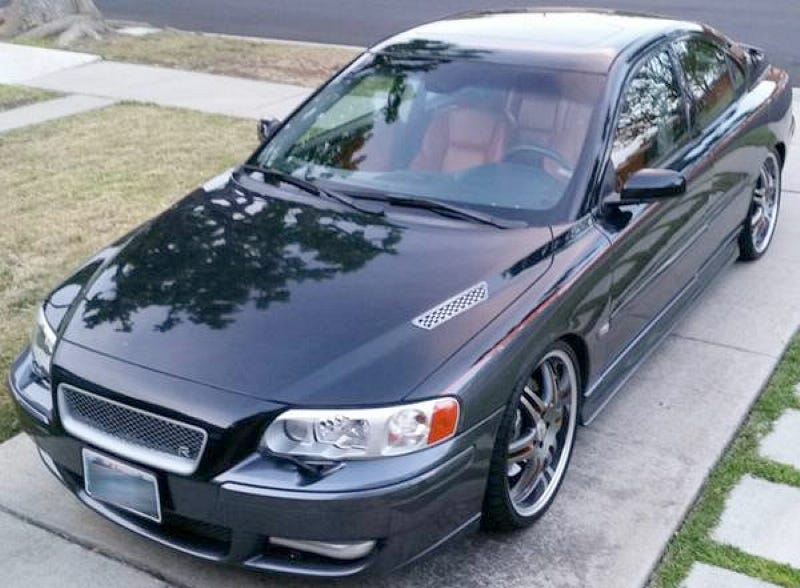 Illustration for article titled This Custom 2006 Volvo S60R Wants $15,000
