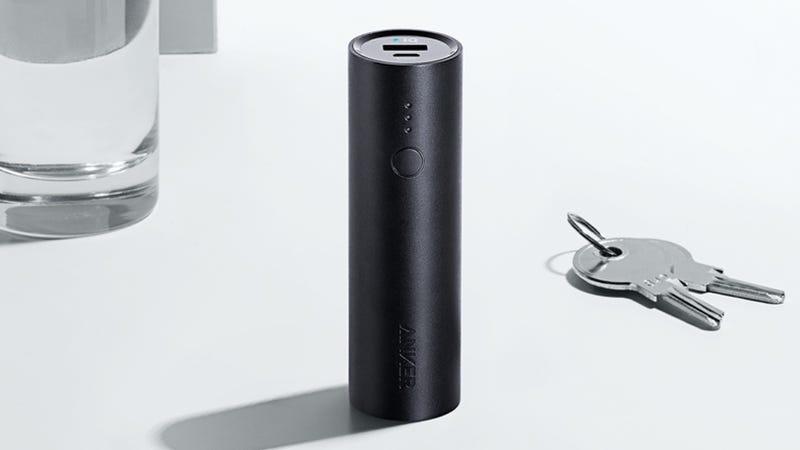 Batería Anker PowerCore 5000   $16   Amazon   Usa el código ANKERPC9Foto: Anker