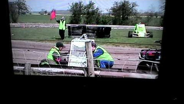 Watch The Greatest Spin In The World From A Random Autograss Race