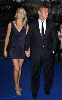 Illustration for article titled Sean Penn Maintains Bad-Boy Cred, Files For Divorce